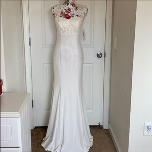 NWT DB Studio Ivory Cap Sleeve Wedding Dress sz 2